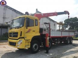 Xe cẩu tự hành 10 tấn Dongfeng 4 chân